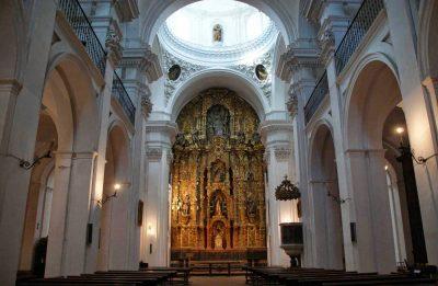Iglesia Divino Salvador y Casa Hermandad de la Esperanza