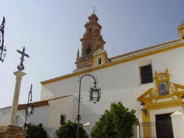 Iglesia de Santiago und Casa Hermandad