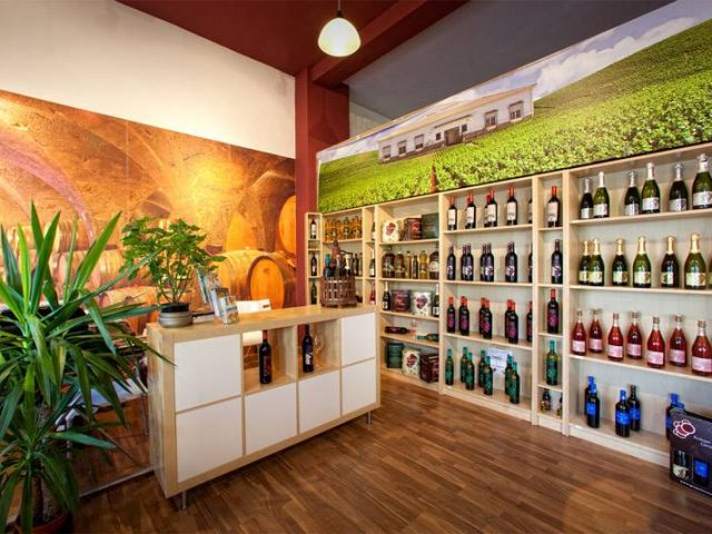 Sierra Sur Olive Oil and Wines