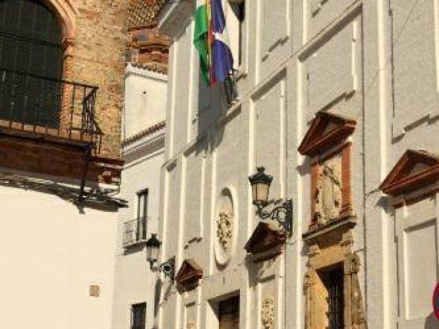 Ayuntamiento y Mosaico Romano