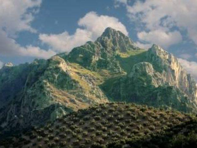 Pico de La Tiñosa y sendero